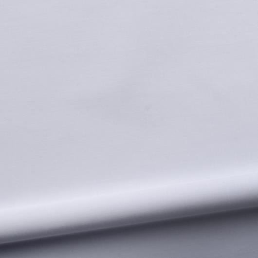 Light business shirt in soft gray dobby weave