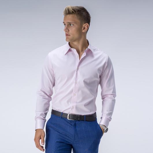 Makkelijk strijkbaar lichtroze overhemd