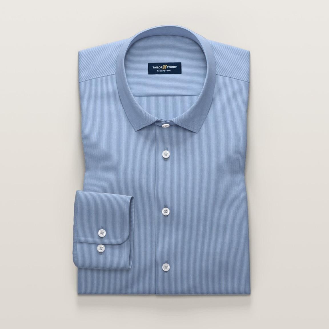 Randig ljusblå skjorta