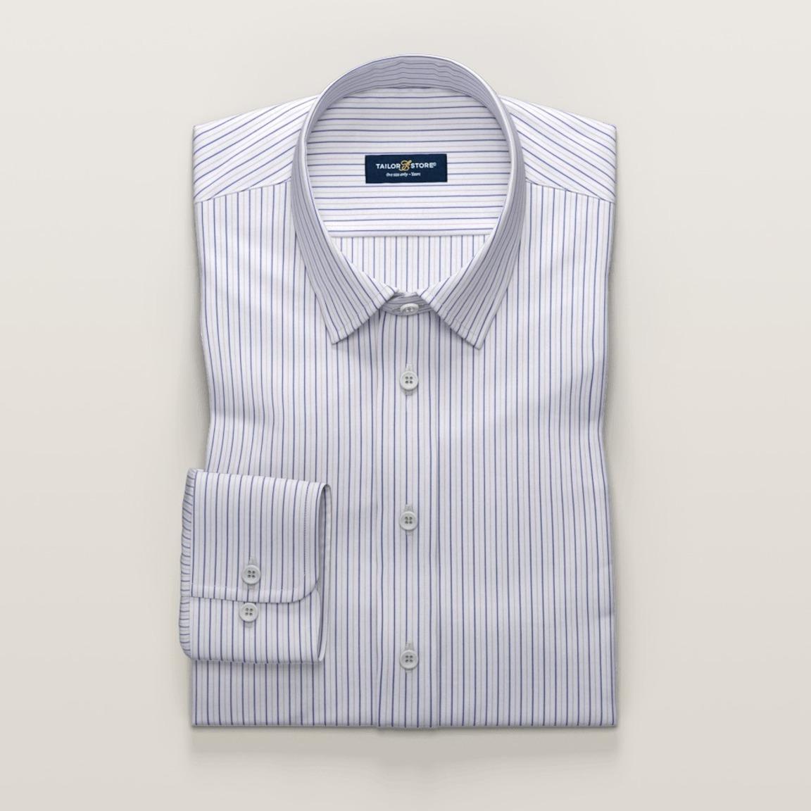 Trendig vit skjorta med blå ränder