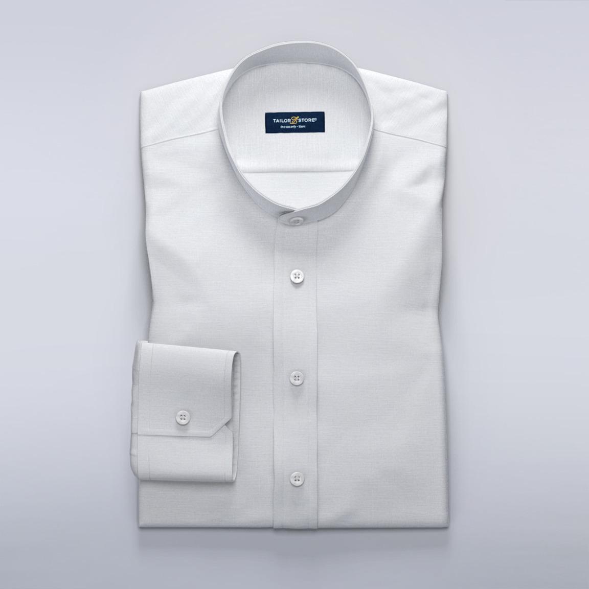 Trendiges weißes Leinenhemd