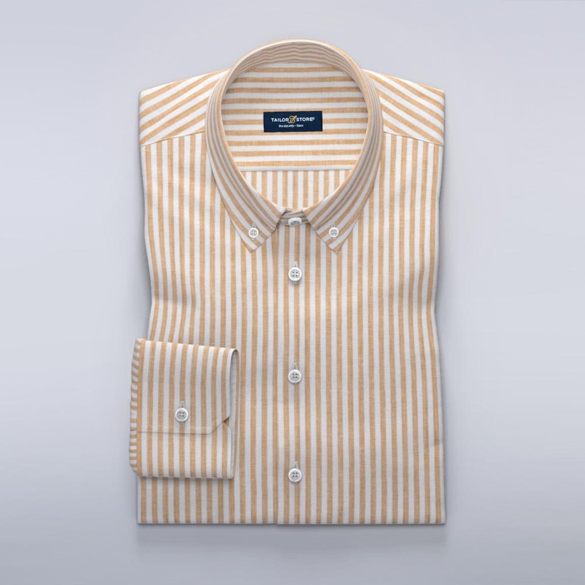 Vit och gulrandig linneskjorta