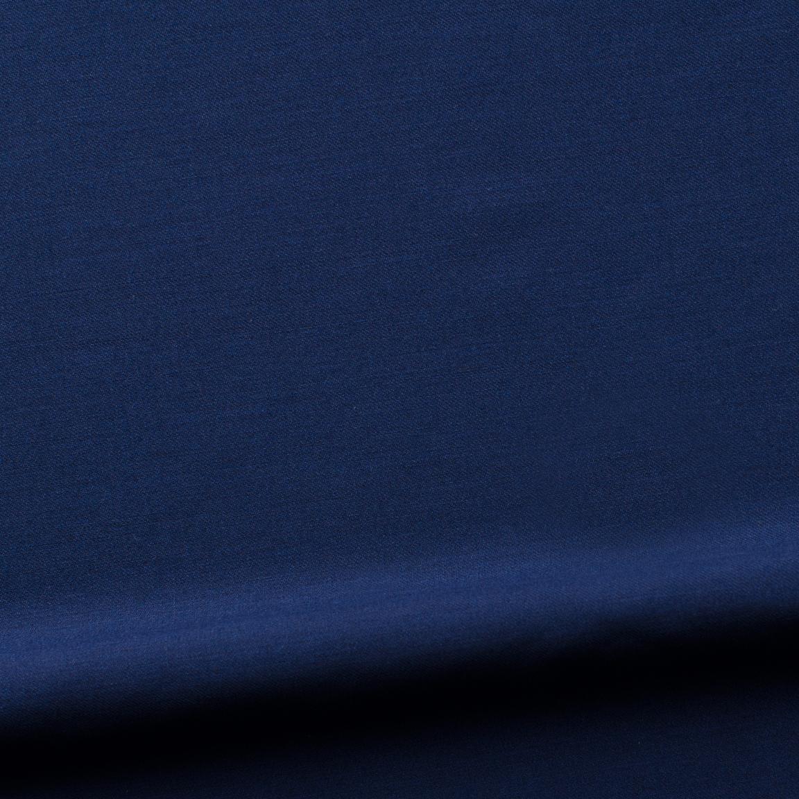 Ascot, blue