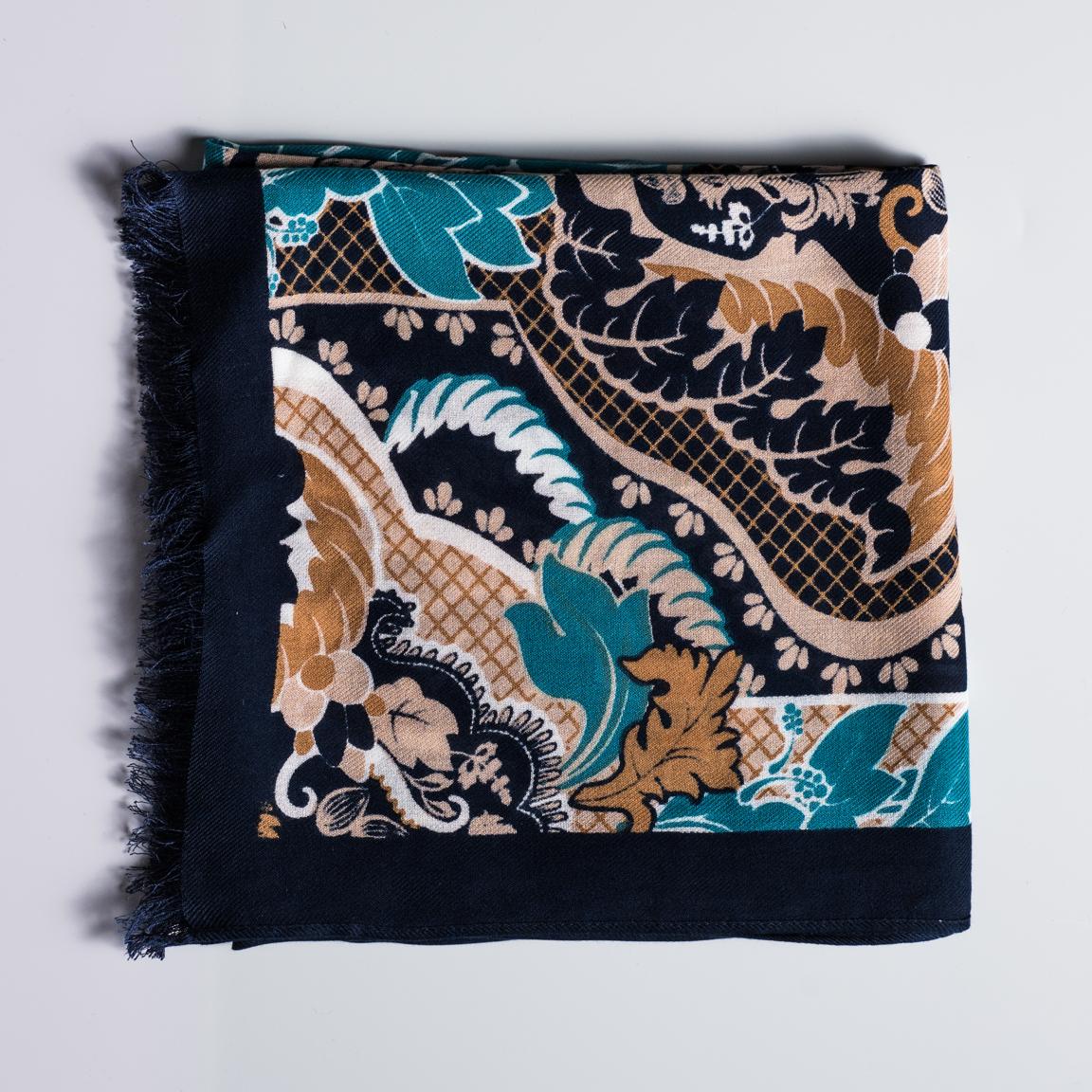Paisleymönstrad scarf