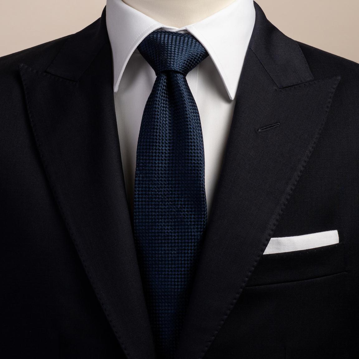 Marinblå silkesslips