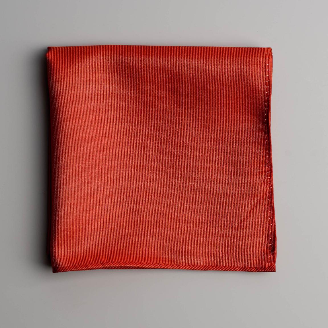Orange lommeklud i silke