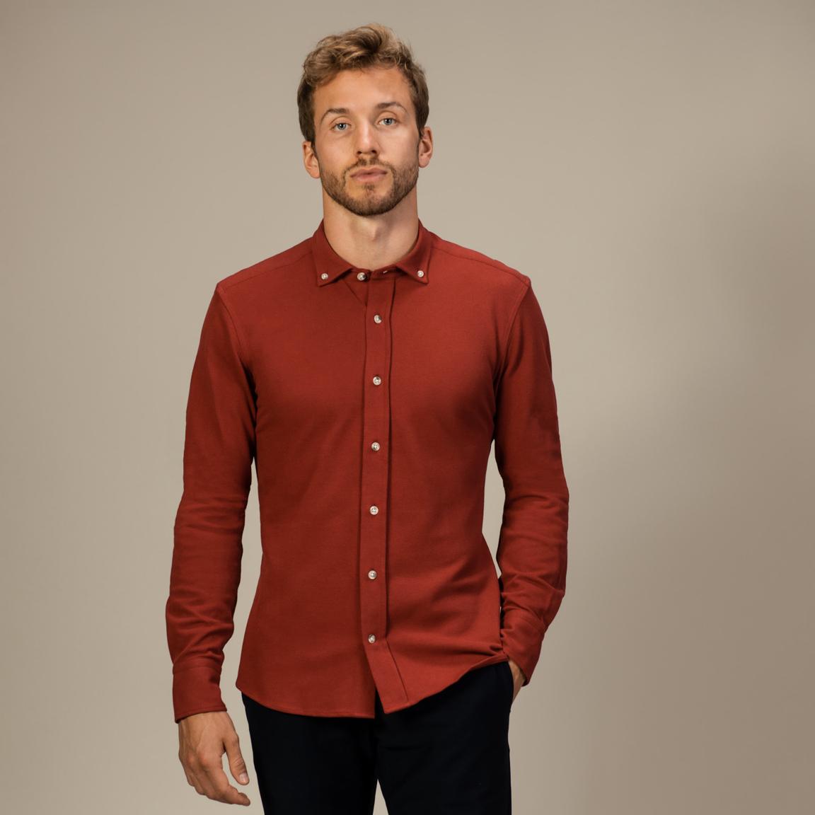 Red long-sleeved button down piqué shirt