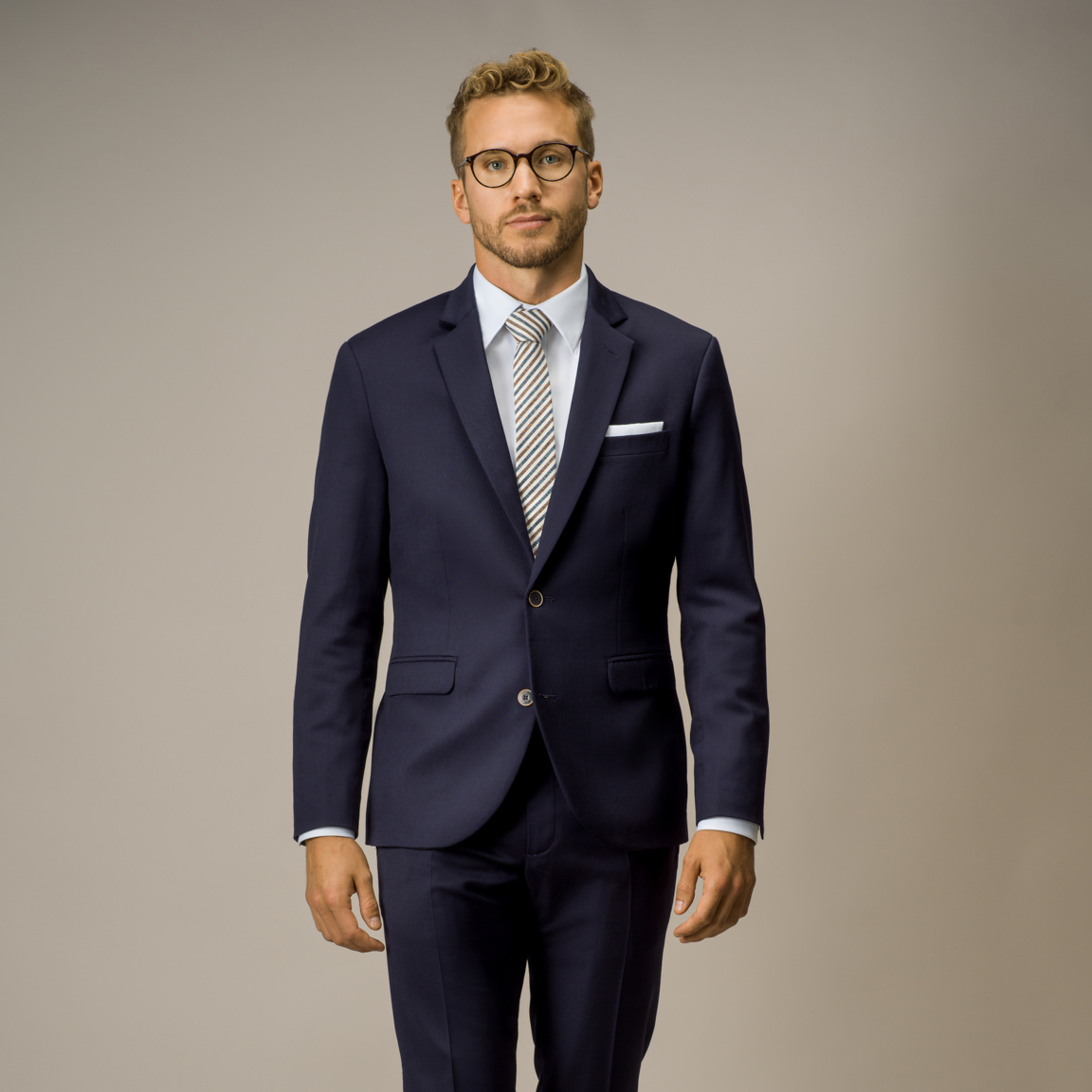 Two-piece classic suit in stretch navy twill